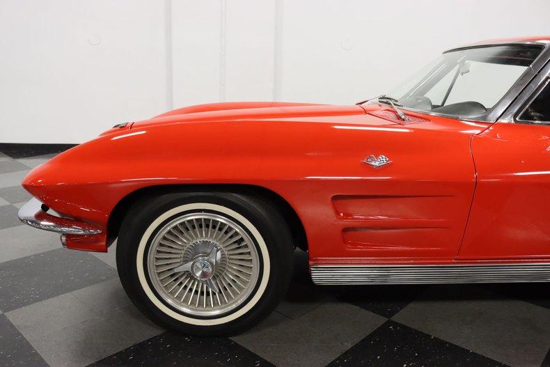 1963 Chevrolet Corvette 26