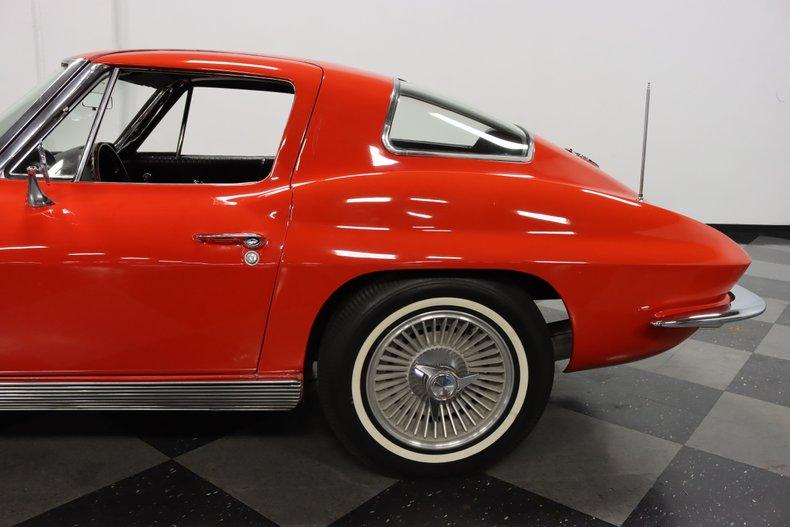 1963 Chevrolet Corvette 28