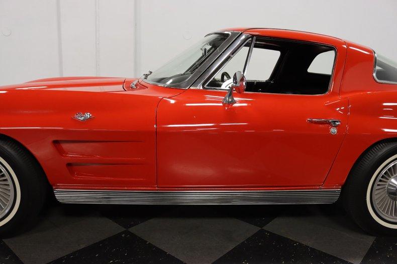 1963 Chevrolet Corvette 27