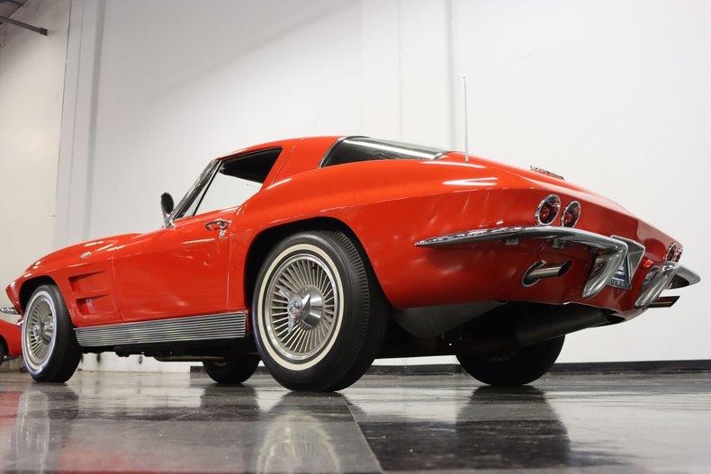 1963 Chevrolet Corvette 29