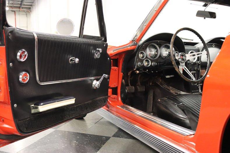 1963 Chevrolet Corvette 42