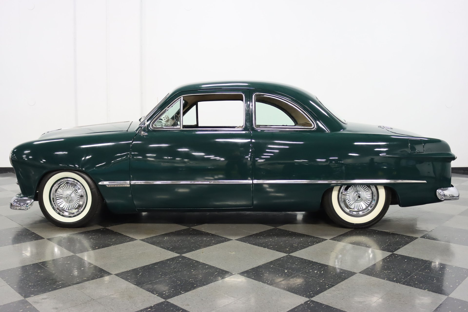 1949 ford custom coupe