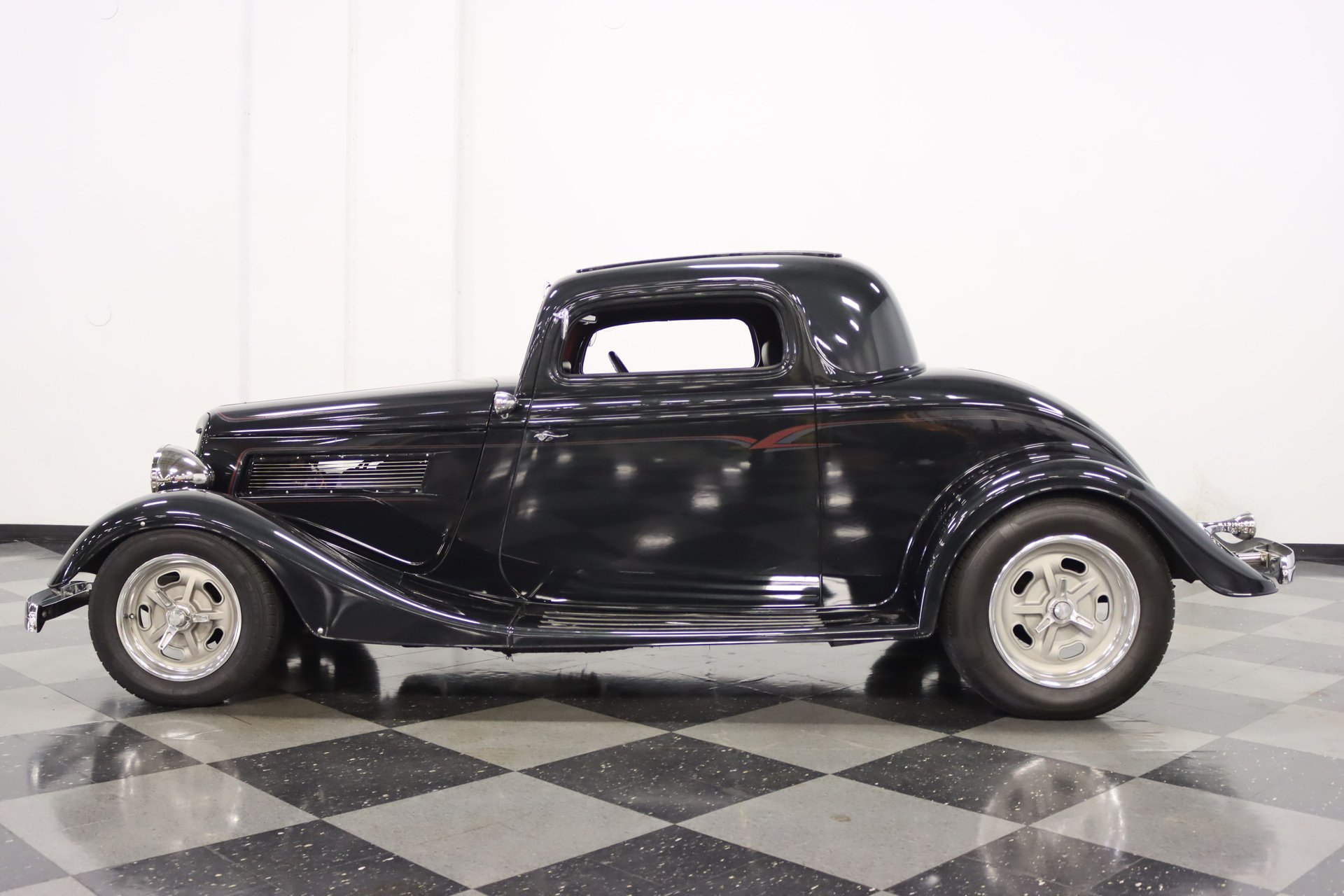 1934 ford 3 window coupe