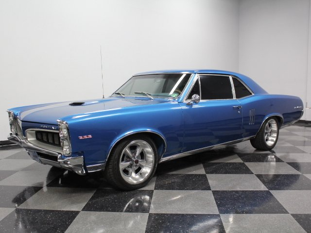1967 Pontiac Le Mans | Streetside Classics - The Nation's Trusted