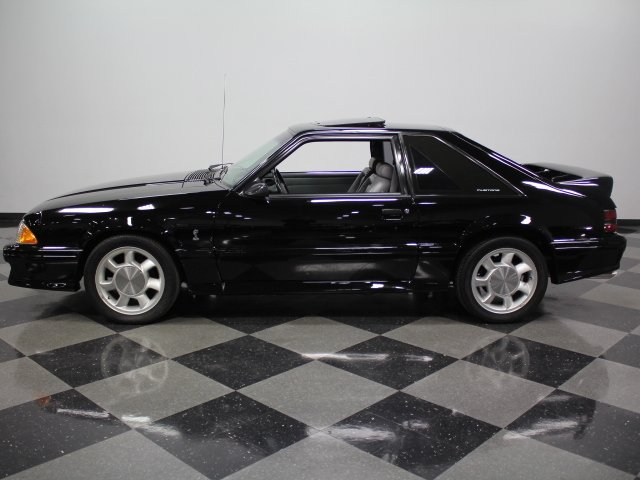 1993 ford mustang cobra svt