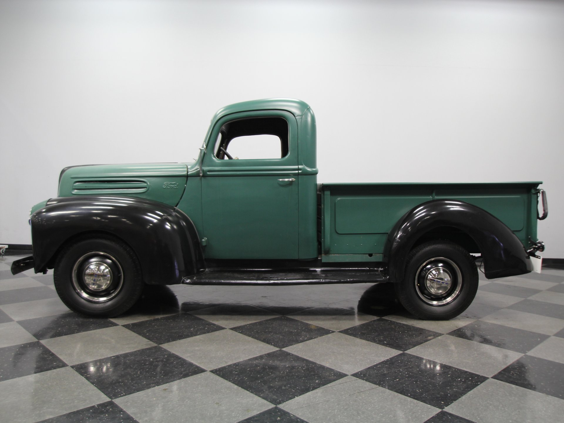 1945 ford pickup