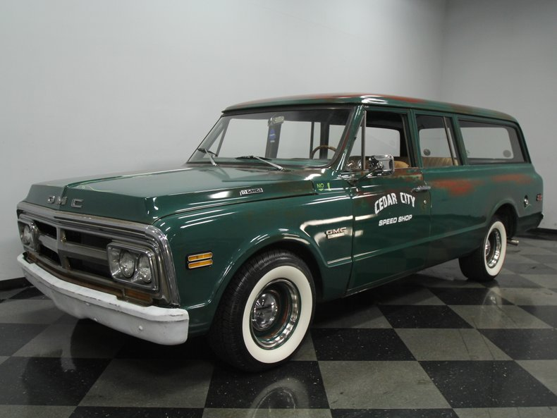 For Sale: 1969 GMC Suburban