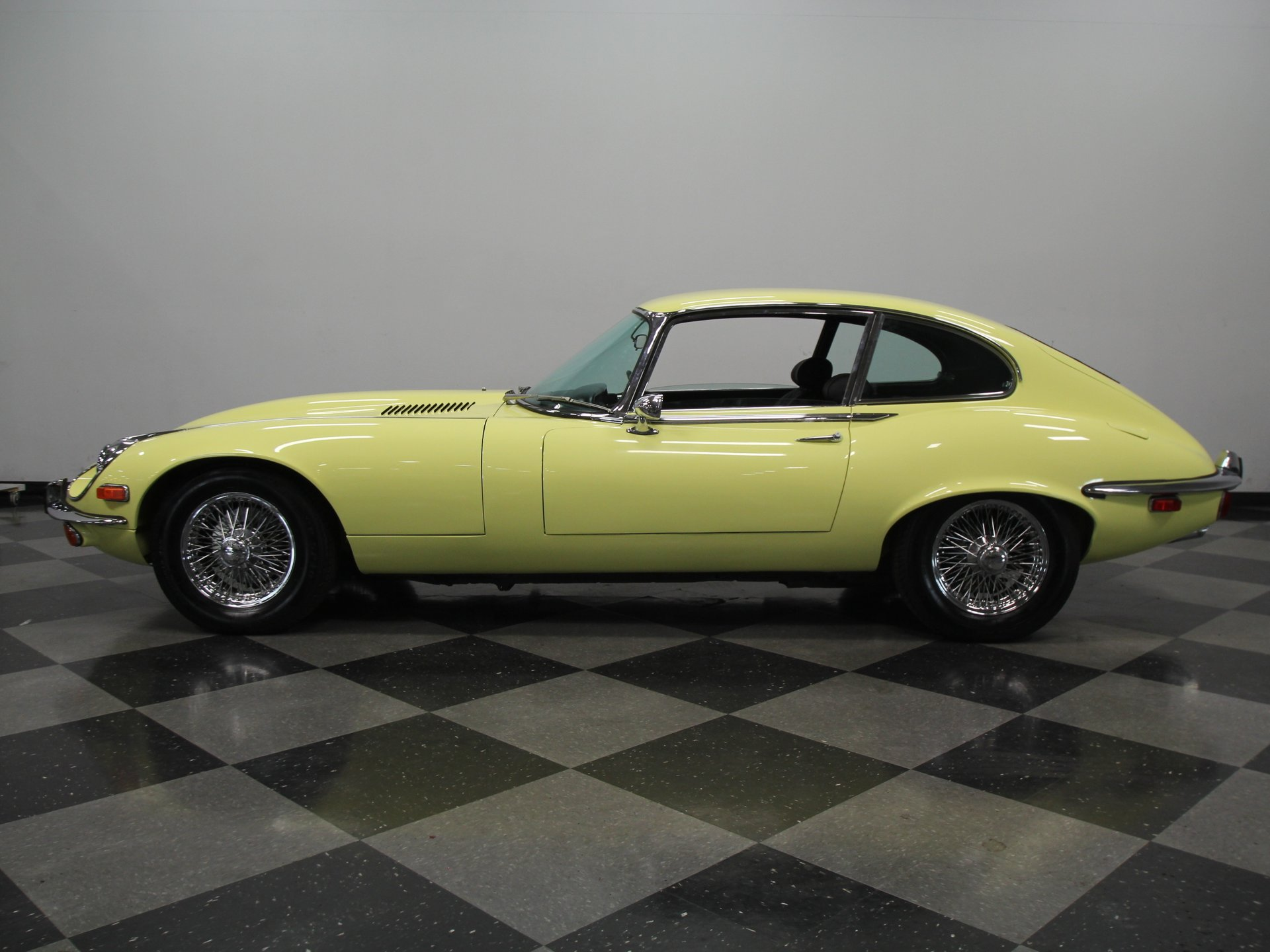 1972 jaguar e type 2 2 v12