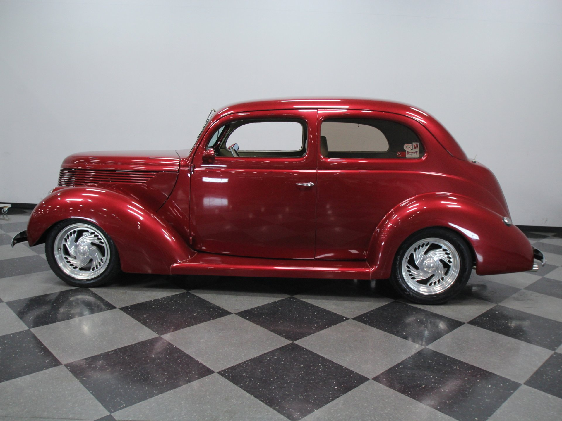 1938 ford tudor sedan humpback