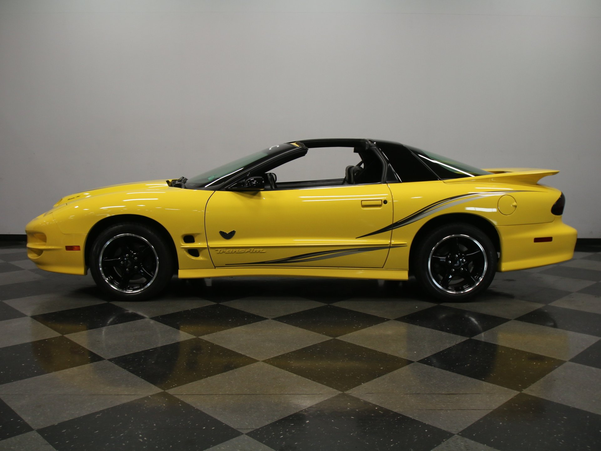 2002 pontiac firebird collectors edition 35th anniversary