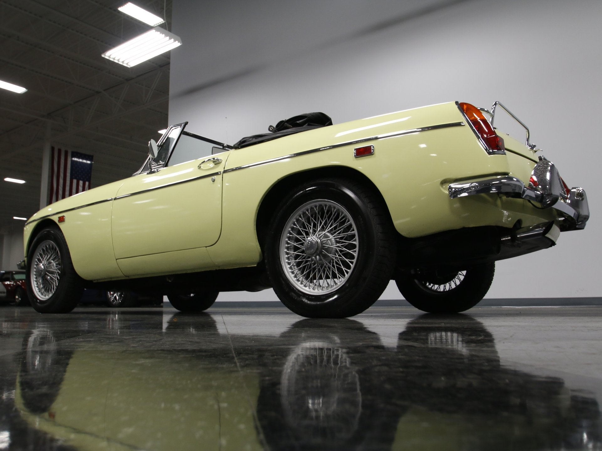 1969 MG MGC | Streetside Classics - The Nation's Trusted