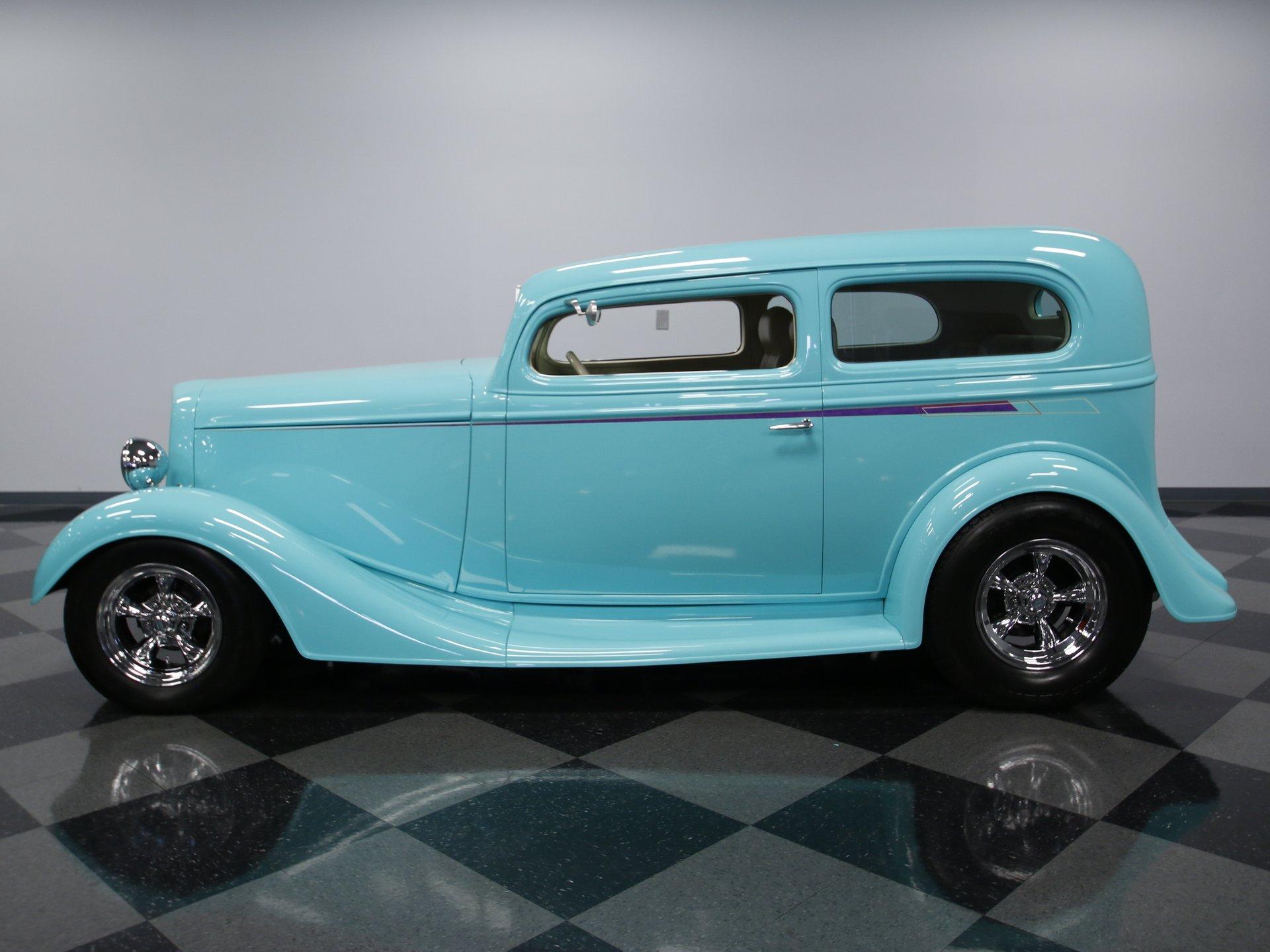 1935 chevrolet sedan streetrod