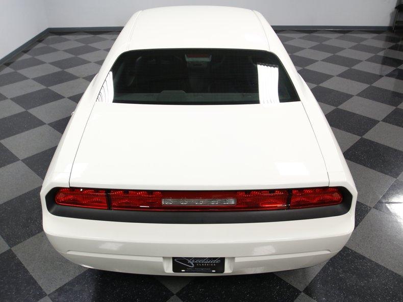 2009 Dodge Challenger 18