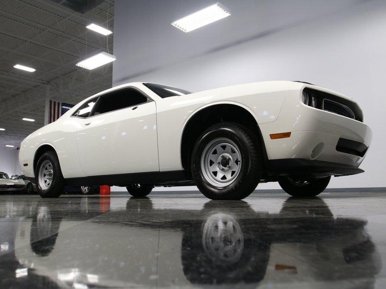 2009 Dodge Challenger 29
