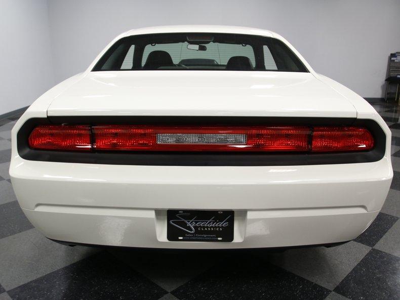 2009 Dodge Challenger 17