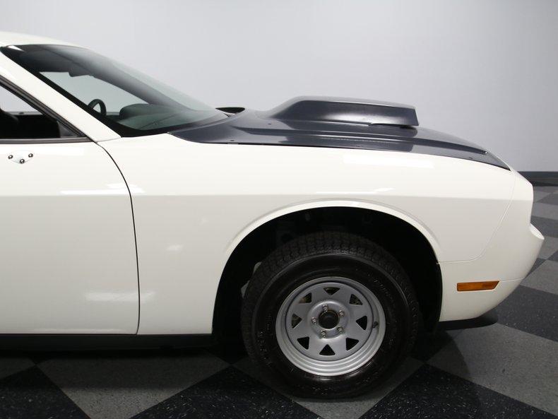 2009 Dodge Challenger 27