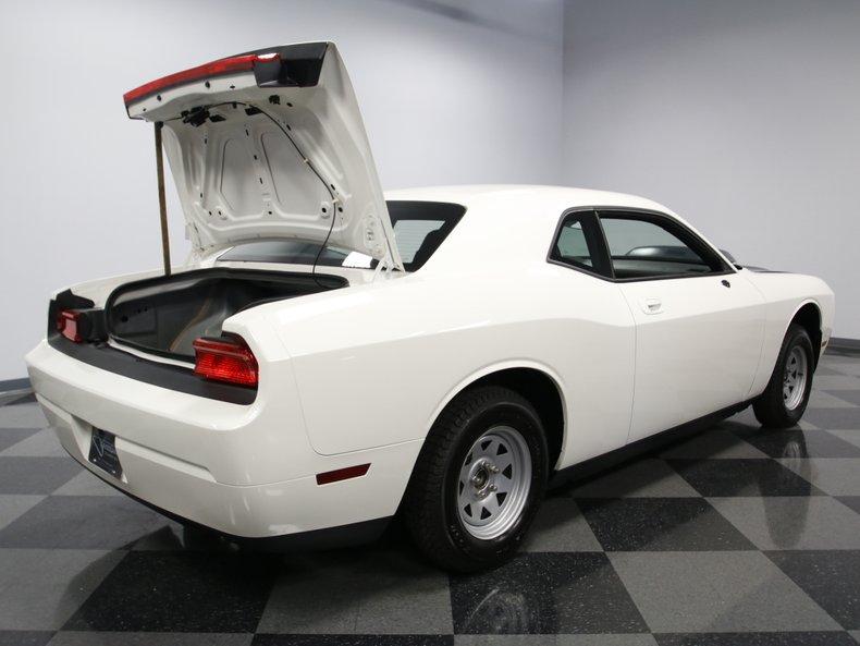 2009 Dodge Challenger 33