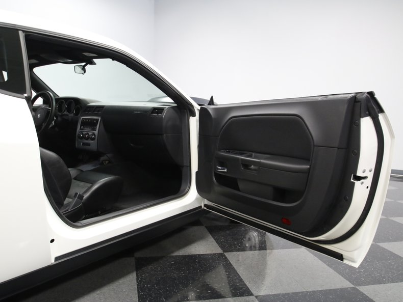 2009 Dodge Challenger 53