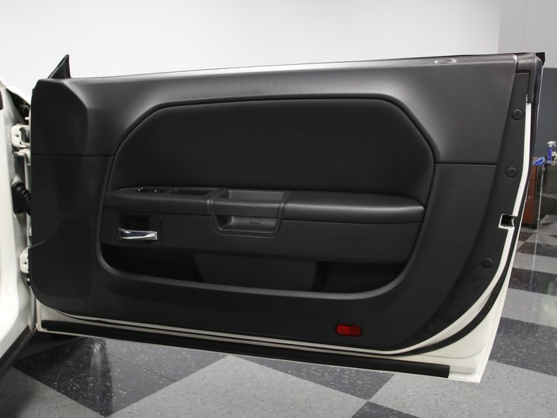 2009 Dodge Challenger 52