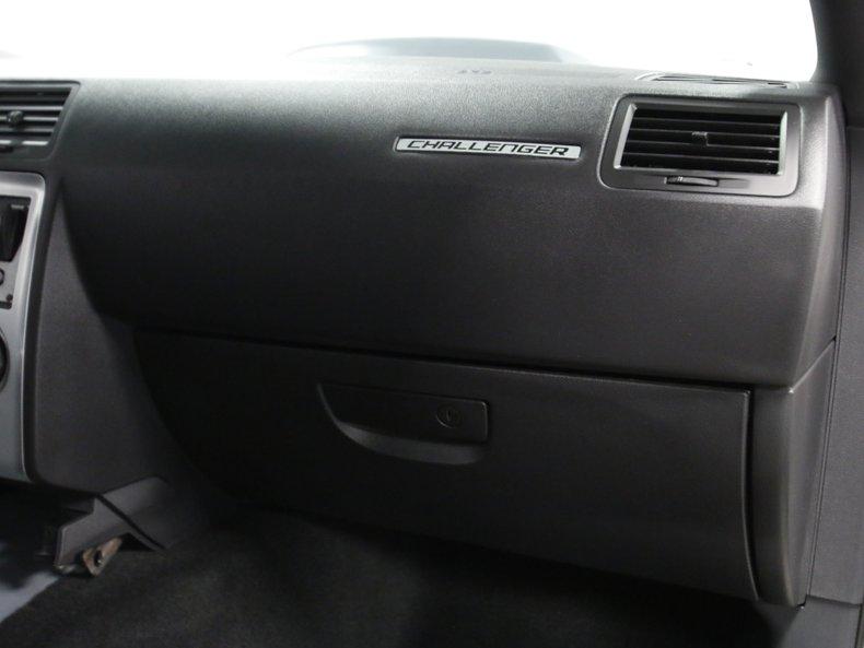 2009 Dodge Challenger 51