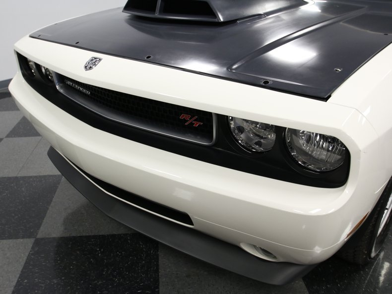 2009 Dodge Challenger 9