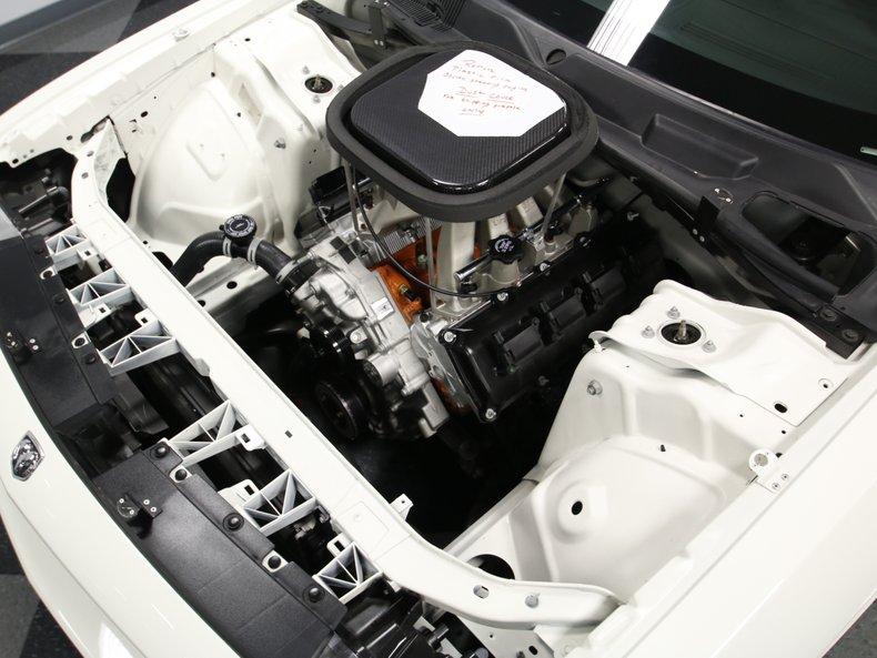2009 Dodge Challenger 32