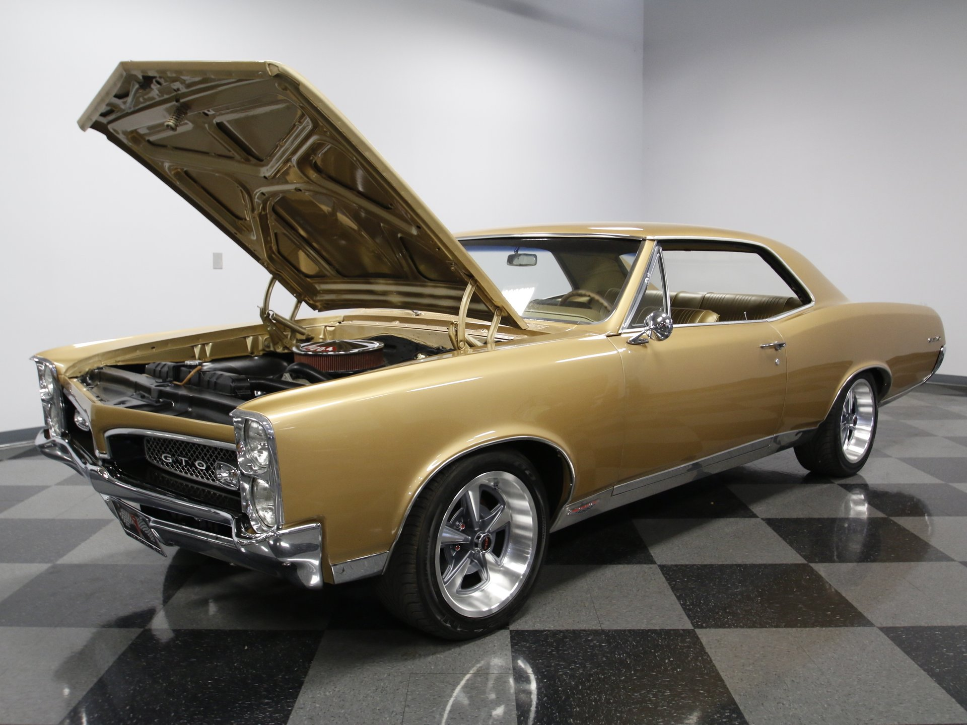 1967 Pontiac GTO | Streetside Classics - The Nation's Trusted