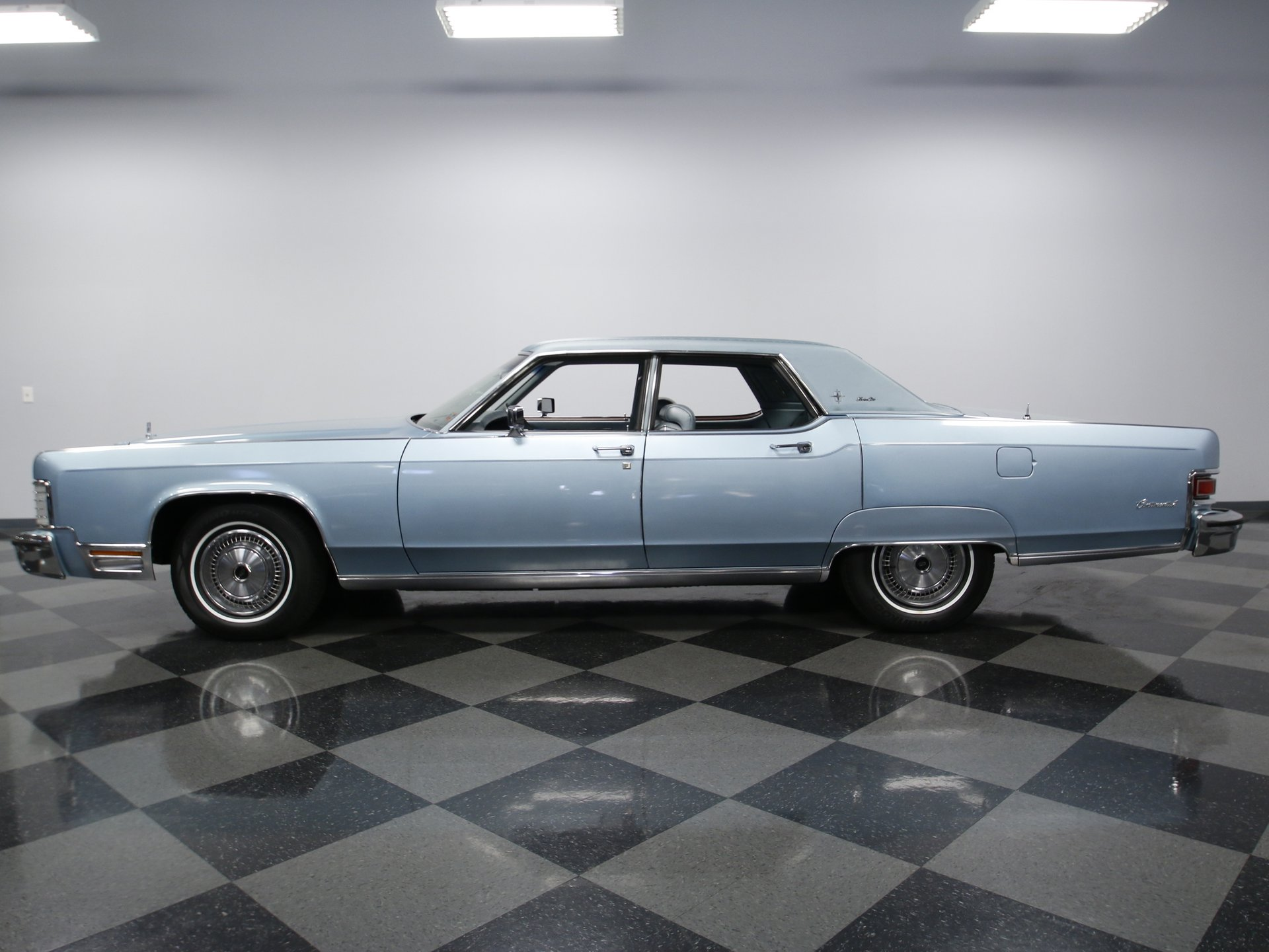 1974 lincoln continental town car