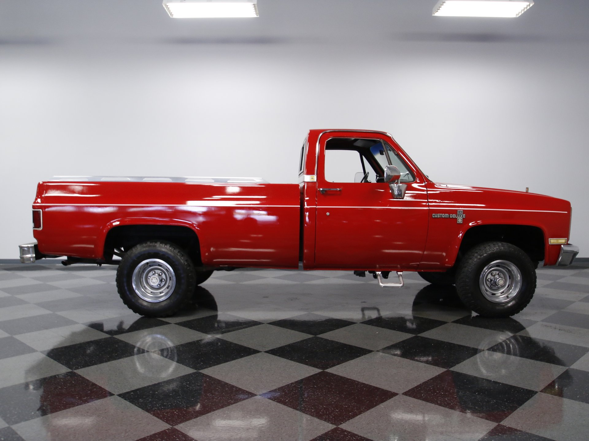 1985 chevrolet k 10 streetside classics the nation s trusted 1985 Chevy C10 view 360