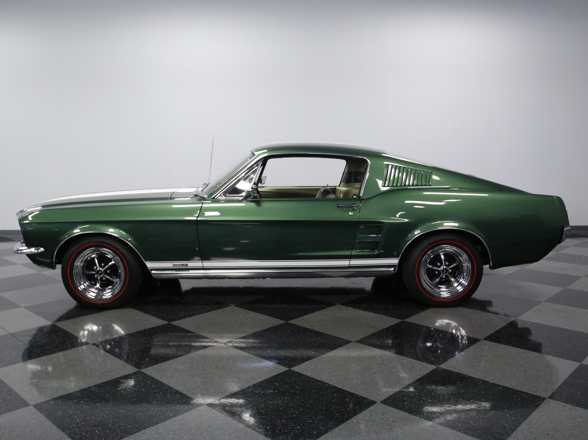 1967 ford mustang gta fastback