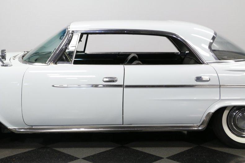 1962 Chrysler 300 Sport 26