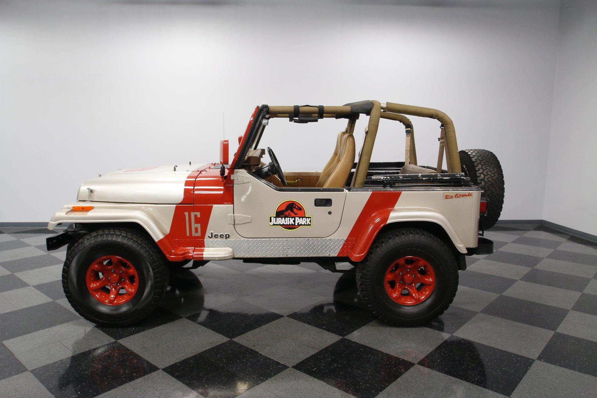 1995 jeep wrangler rio grande jurassic park theme