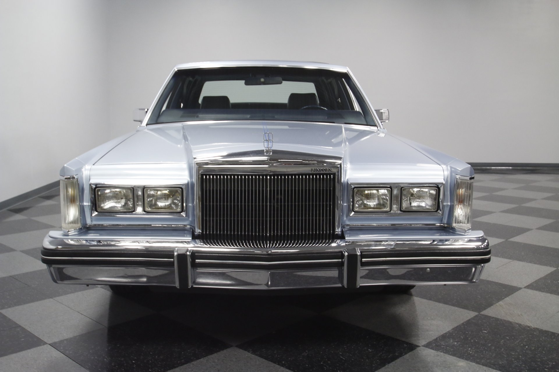 1984 Lincoln Town Car Streetside Classics The Nations Trusted 1941 View 360
