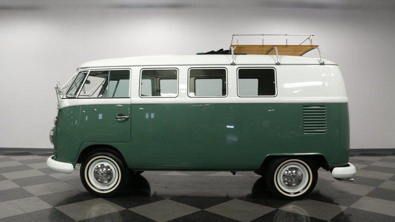1966 volkswagen type 2 kombi bus