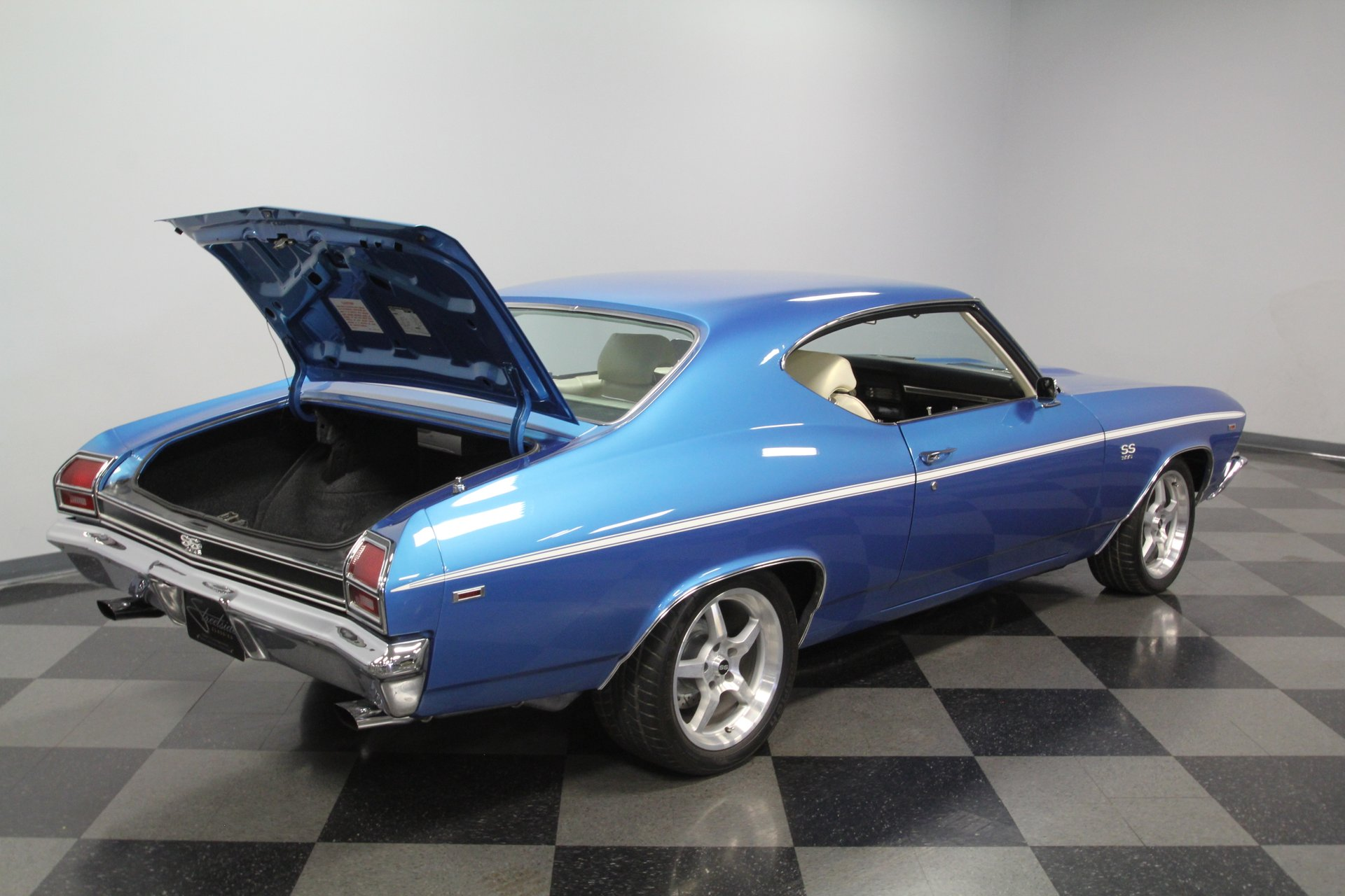1969 Chevrolet Chevelle | Streetside Classics - The Nation's