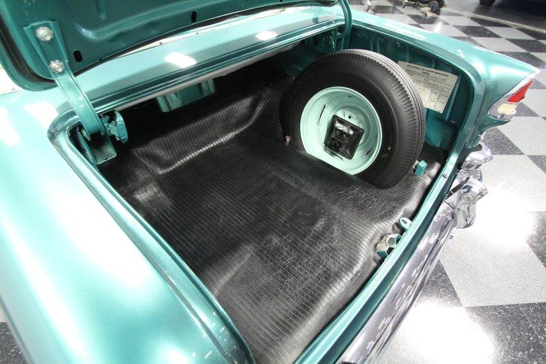 1955 Chevrolet Bel Air 44