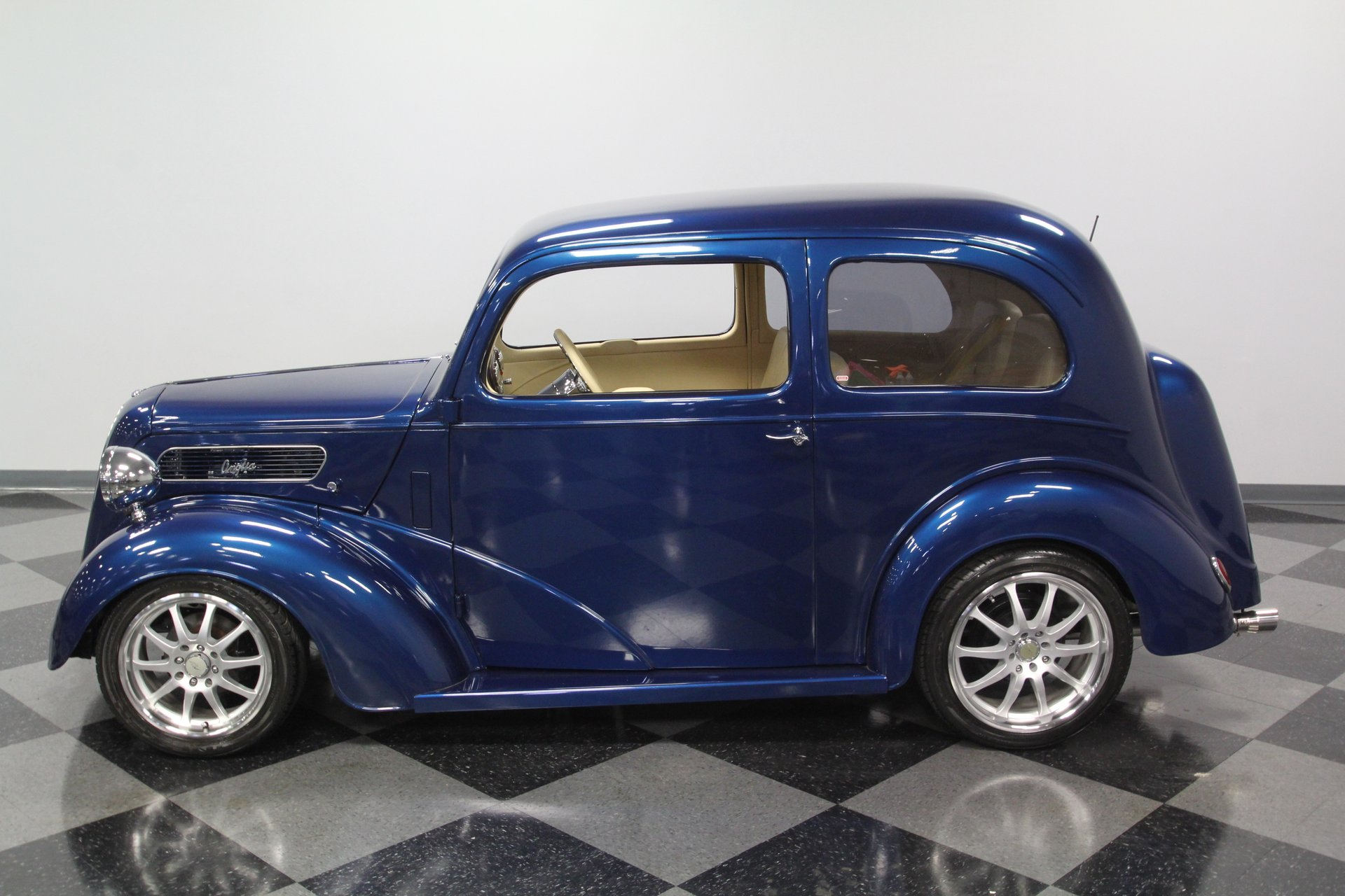 1948 ford anglia a494a