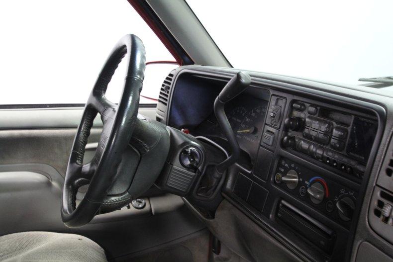 1997 GMC Suburban 65