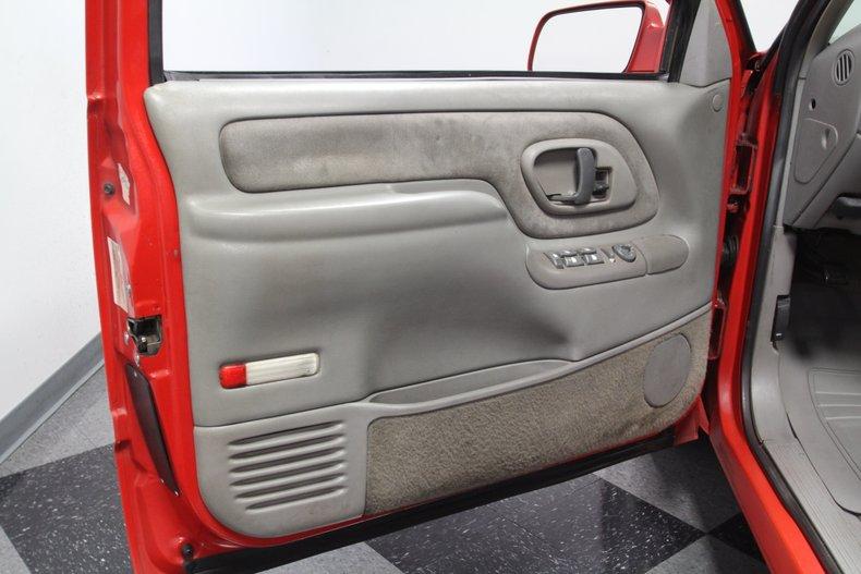 1997 GMC Suburban 46