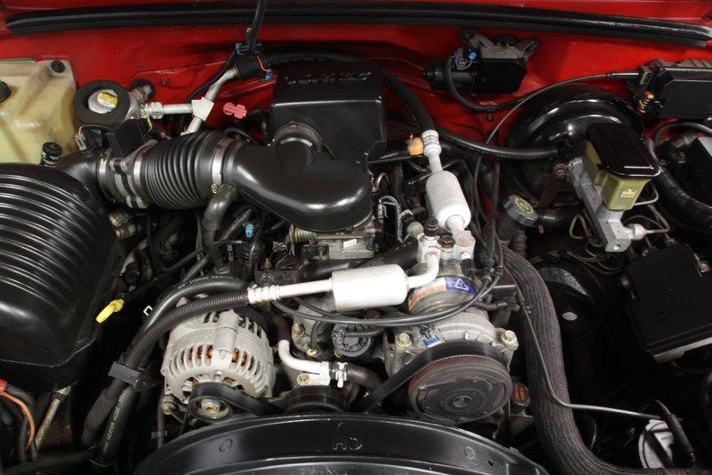 1997 GMC Suburban 3