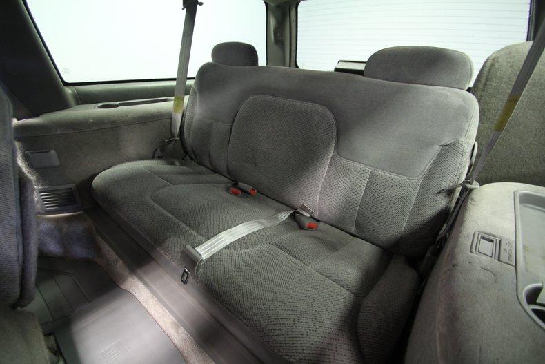 1997 GMC Suburban 59