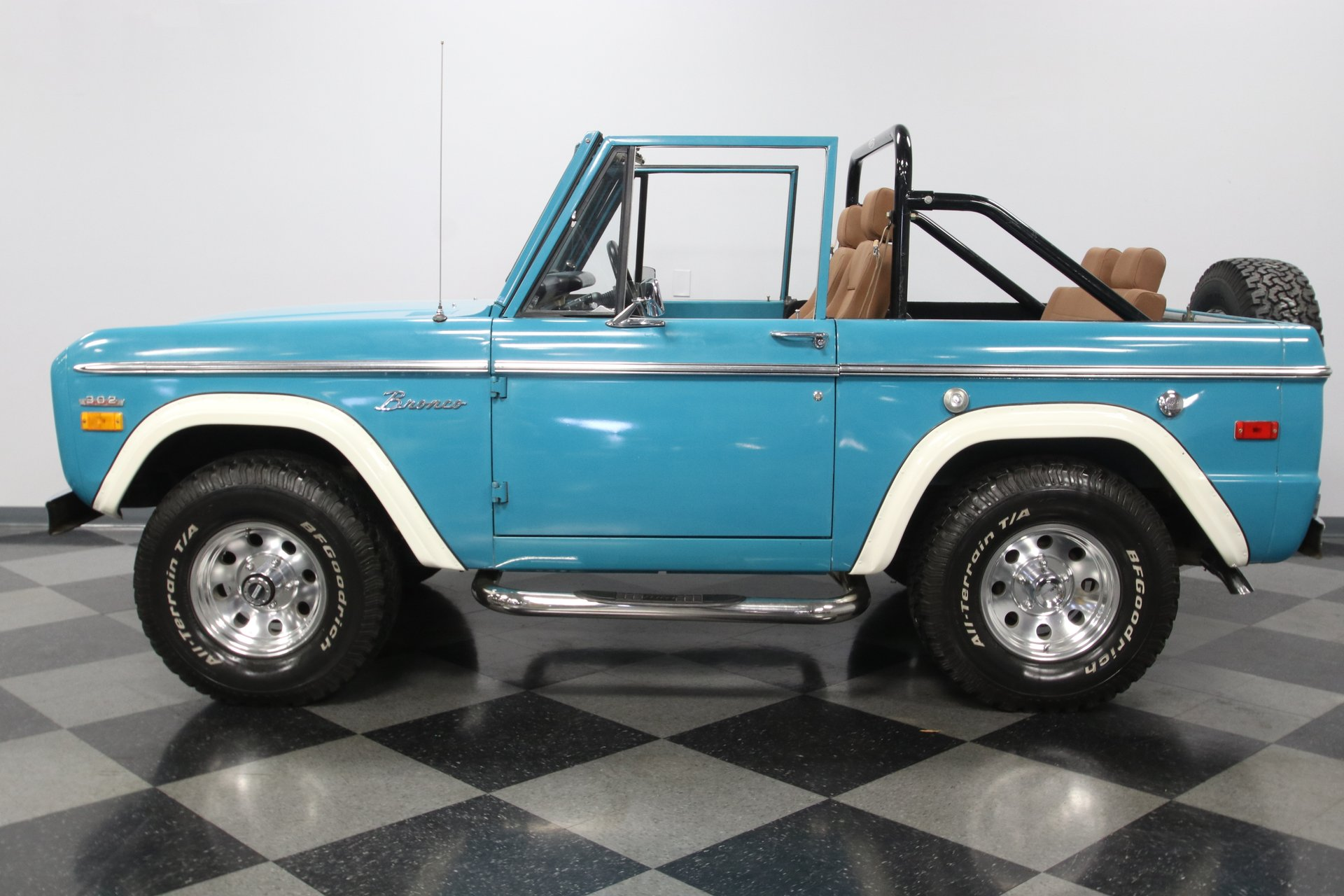 1970 ford bronco 4x4 fuel injected