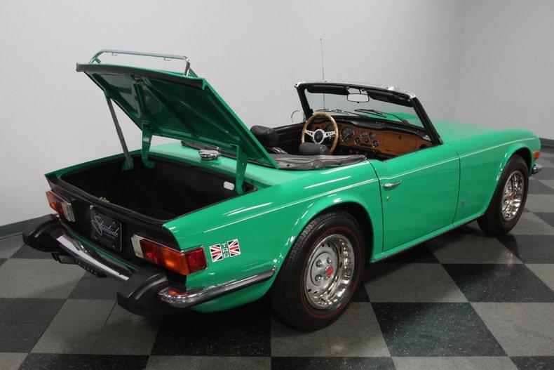 1976 Triumph TR6 40