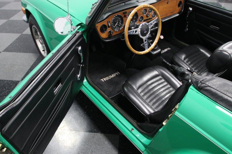 1976 Triumph TR6 44