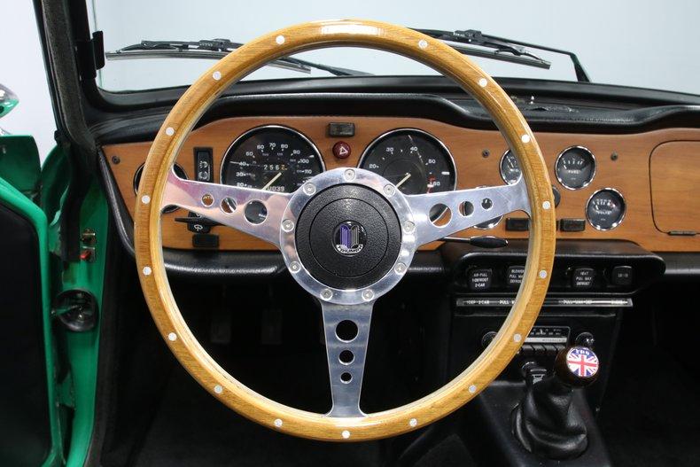 1976 Triumph TR6 47