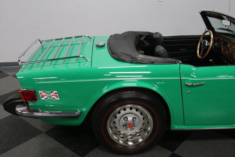 1976 Triumph TR6 34