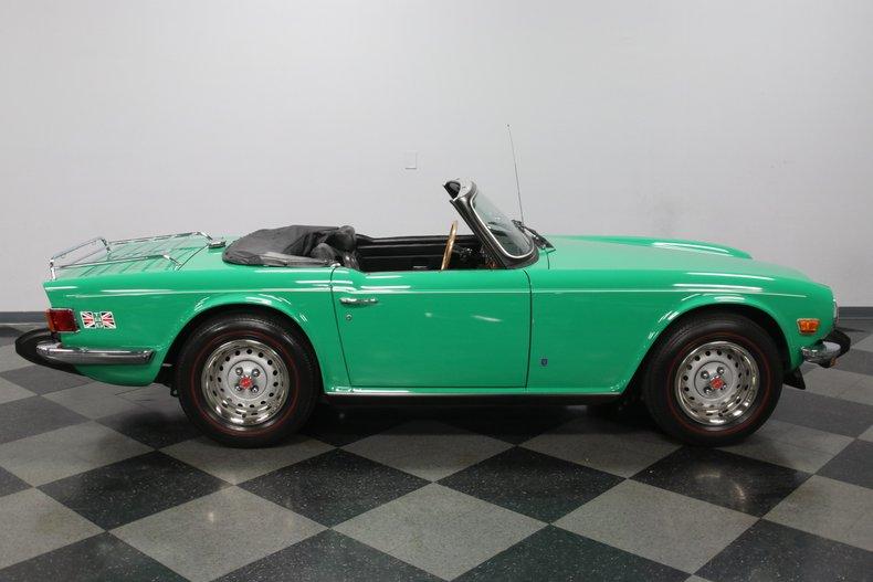 1976 Triumph TR6 33