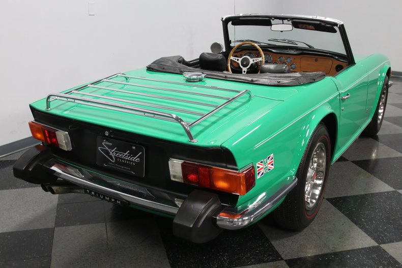 1976 Triumph TR6 12