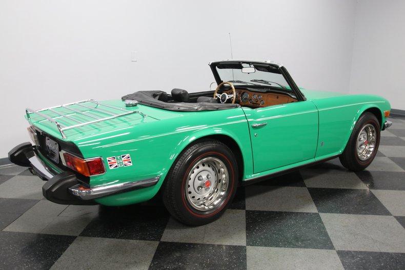1976 Triumph TR6 13