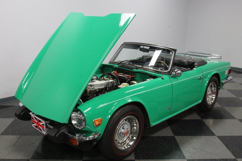 1976 Triumph TR6 37